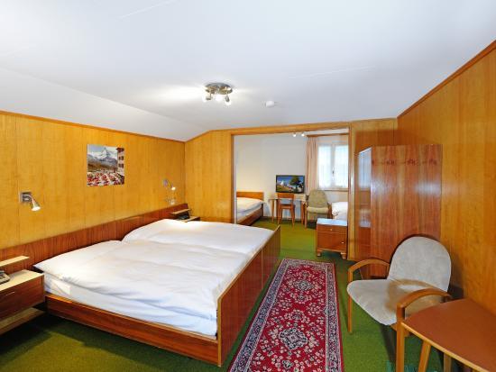 Hotel Alphubel Zermatt: Vierbettzimmer