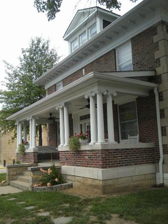 Benton, IL: Franklin County Historic Jail Museum