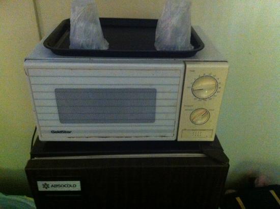 Budget Inn Corning: Hygenic microwave