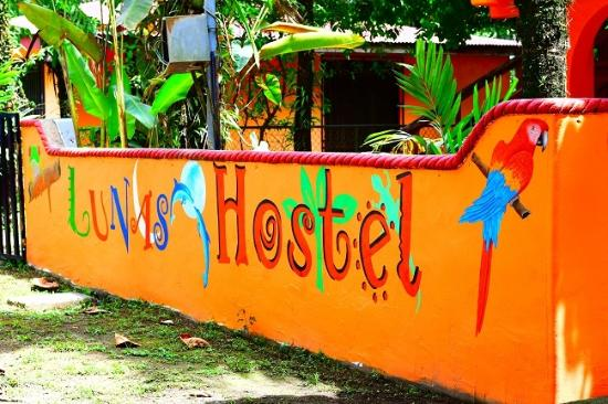 Lunas Hostel
