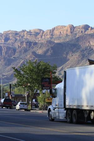 Inca Inn: Die Hauptstraße durch Moab ist im Zimmer nicht zu hören!