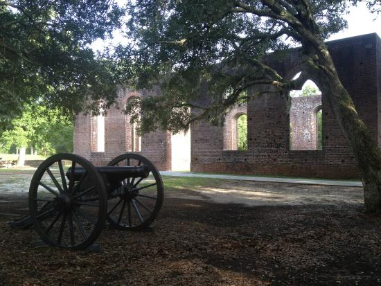 ‪Brunswick Town and Fort Anderson State Historic Site‬