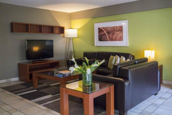 Dominion Corporate Suites: living room