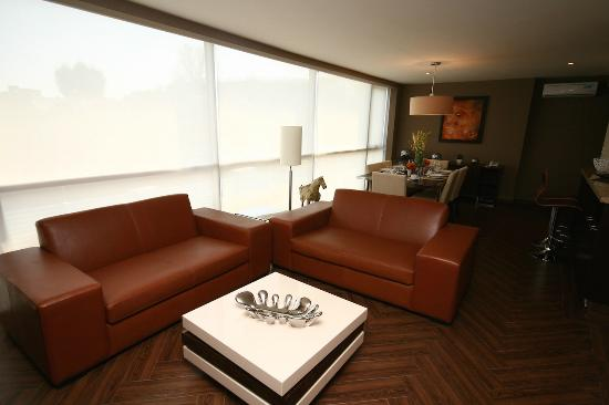 The Place Corporate Rentals: living room