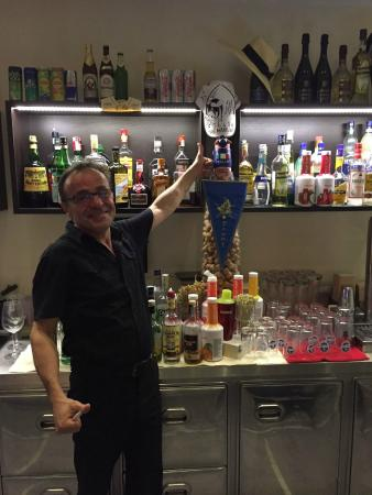 Hotel Mediterraneo: Bar