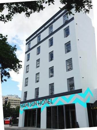 Miami Sun Hotel: Exterior of Hotel