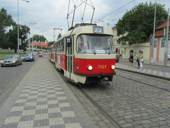 Lindner Hotel Prague Castle: Tram #22, is it going where you want to go?