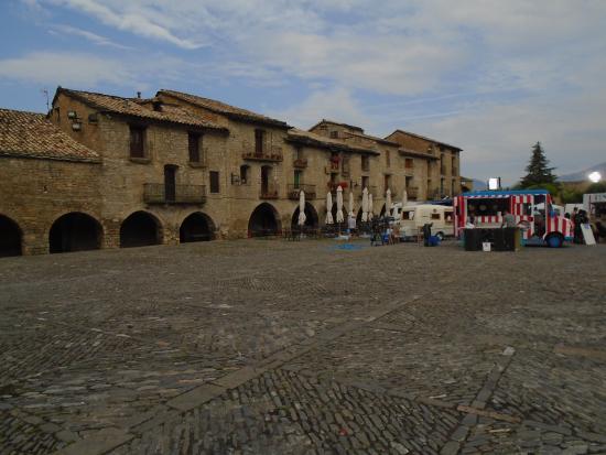 Hotel Villa Romanica : Village Square