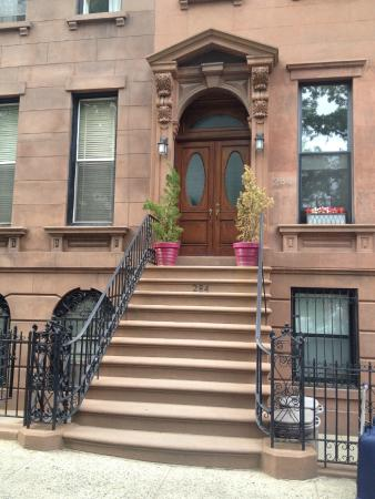 Carroll Gardens House: View from street