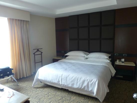 Sheraton Guayaquil Hotel : Habitacion