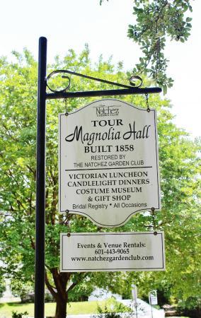 Magnolia Hall, Natchez, MS, May 2015