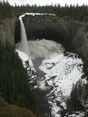 Helmcken Falls: Helmcken Fall in winter season 2