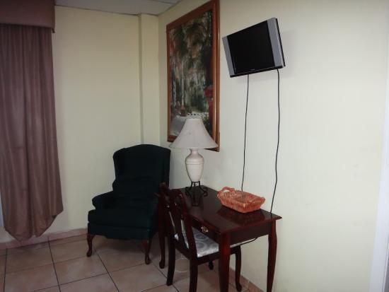 Hotel Real Caribe : TV