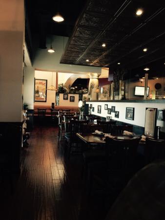 Mesa Street Grill: The bar area