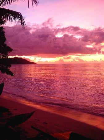 Blue Lagoon Beach Resort: Beautiful sunset