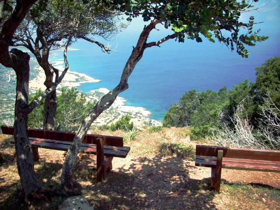Adonis Nature Trail: Aphrodites Trail - On top