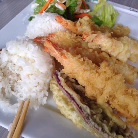 Ocean Sushi Deli: photo1.jpg