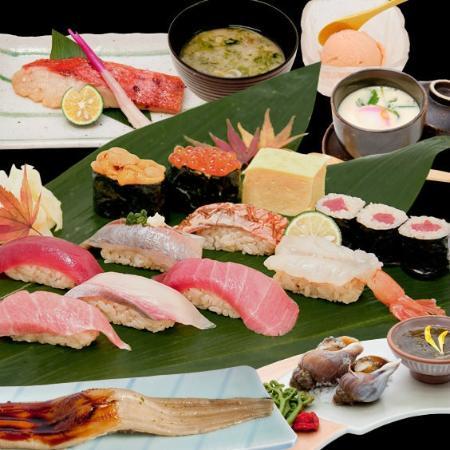 Tsukiji Kagura Sushi: 寿司堪能コース
