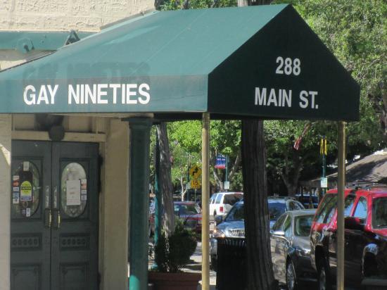 Gay 90's Pizza Co : Gay Nineties Pizza Co, Main Street, Pleasanton, Ca
