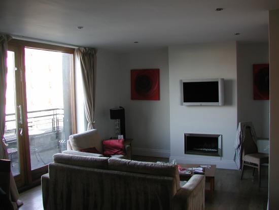 PREMIER SUITES PLUS Dublin Leeson Street : penthouse sitting room