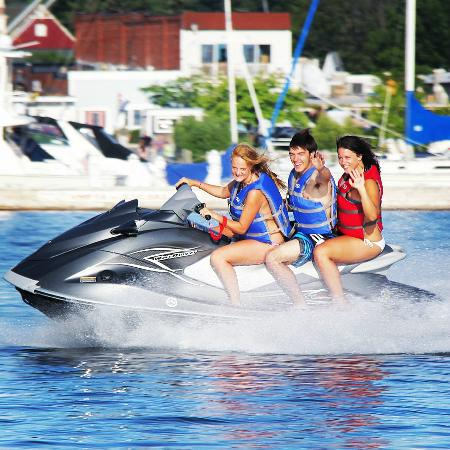 Boyne City, MI: BRAND NEW Yamaha Jet skis.