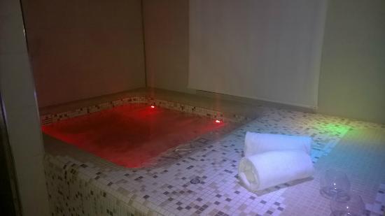 Villa dei Platani Boutique Hotel & Spa: Jacuzzi 2