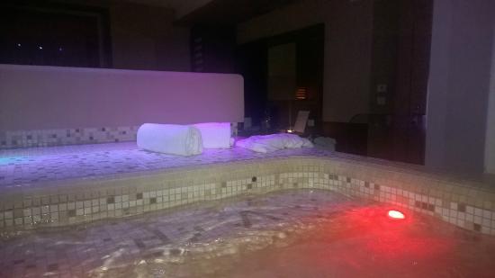 Villa dei Platani Boutique Hotel & Spa: Jacuzzi 1