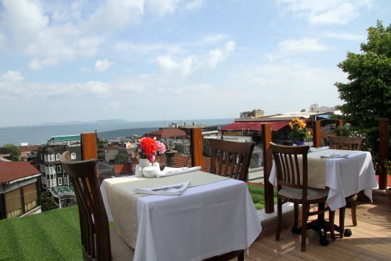 Eski Konak Hotel: terrace