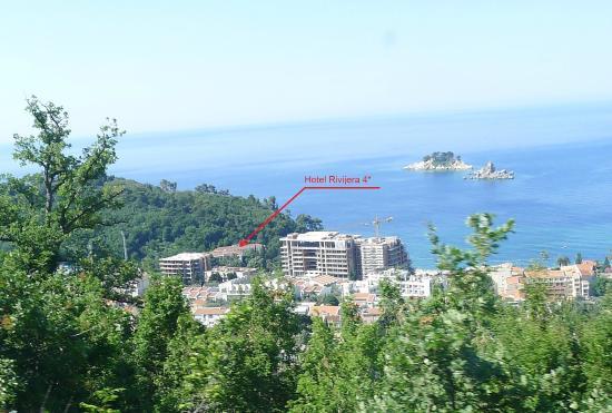 Petrovac, Karadağ: Две стройки рядом с отелем
