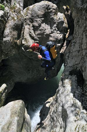 Nevidio Canyoning