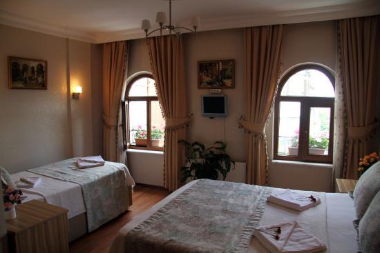 Eski Konak Hotel: triple room