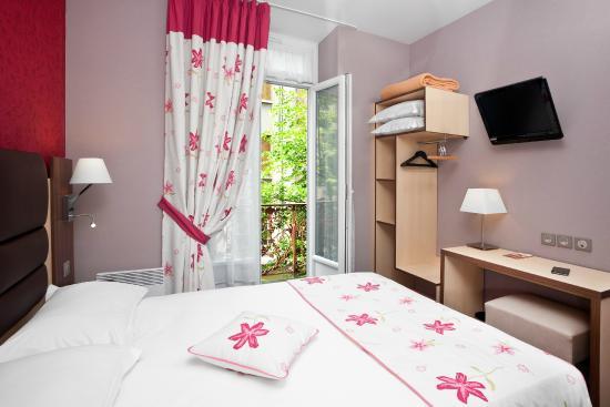 Arverna Citotel Vichy: Chambre Eco lit double Standard avec balcon