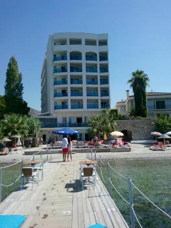 Coastlight Hotel: genel
