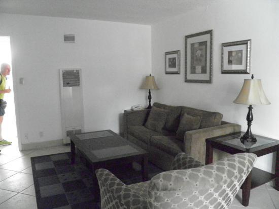 Camera Molto Spaziose Picture Of Highland Gardens Hotel Los Angeles Tripadvisor