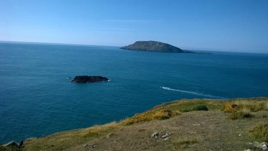Llyn Coastal Path: Ynys Enlli