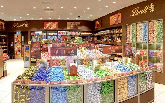 ‪Lindt Chocolate Shop‬