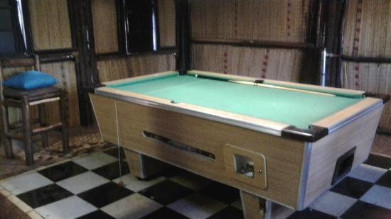 Hluhluwe Backpackers: Pool tabel/games room