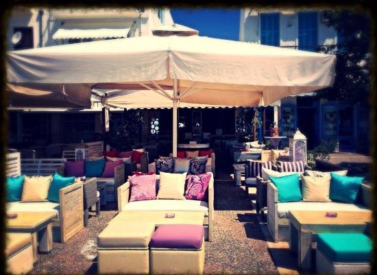 Suga Cafe Bar