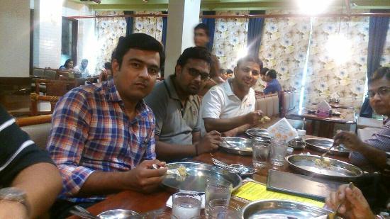 R Bhagat Tarrachand