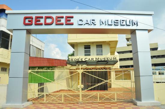 Gedee Car Museum