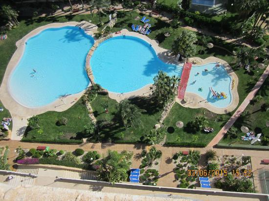 Gemelos XXII Apartments: 3 pools.