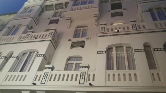 Sevilla Central Suites: la facciata principale