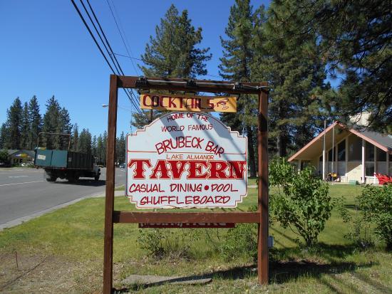 Lake Almanor Tavern : The Bar Name