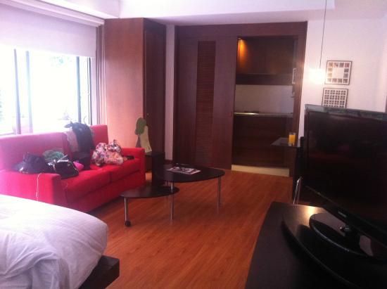 Lugano Imperial Suites: sala y cocina