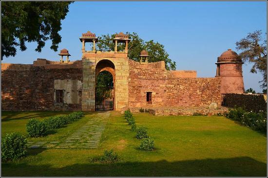 Ratan Singh Palace