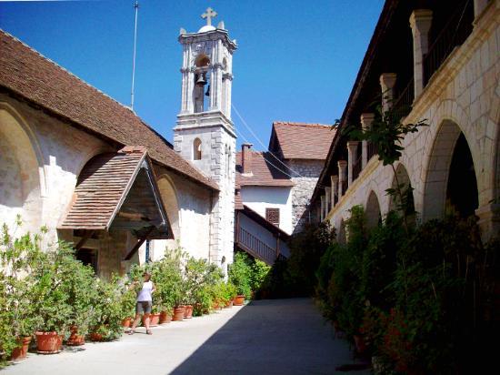 克里索罗迪萨修道院