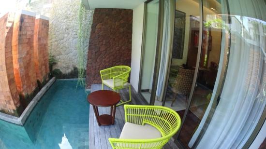 deluxe pool access picture of inaya putri bali resort. Black Bedroom Furniture Sets. Home Design Ideas