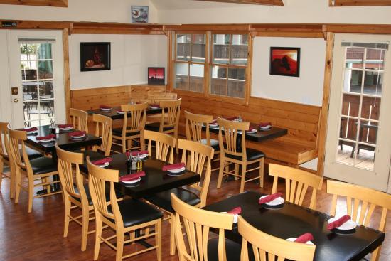 Appenzell Restaurant and Pub: Inside Restaurant