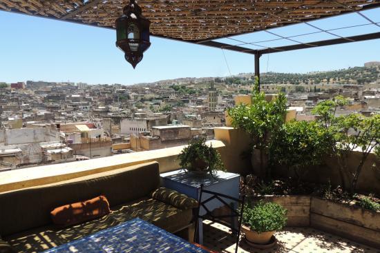 Riad Laayoun: Medina vue de la terrasse