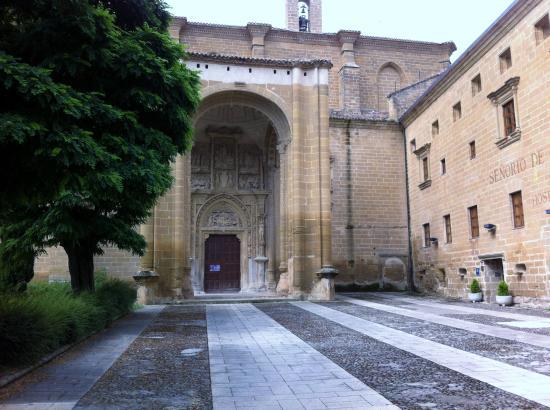 Monasterio de Nuestra Señora de la Piedad: casalareina
